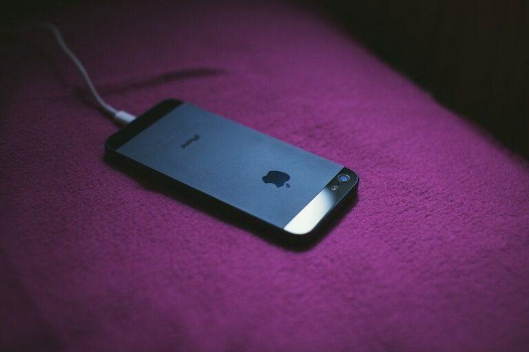 Qual carregador comprar iPhone